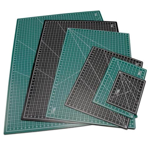 US-Art-supply-green-black-cutting-mat